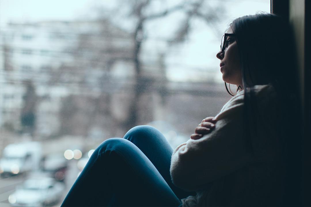 3- تدني المزاج والاكتئاب