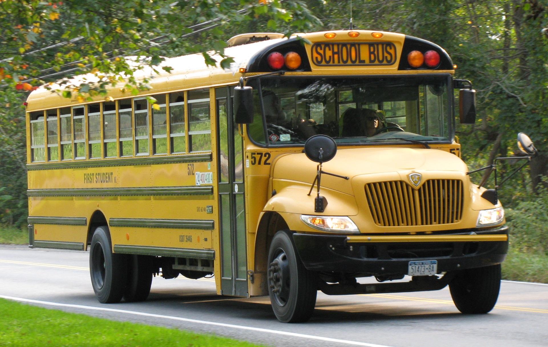 80 عاماً وما زالت حافلات المدرسة بذات الشكل .. ولكن لماذا ؟-1