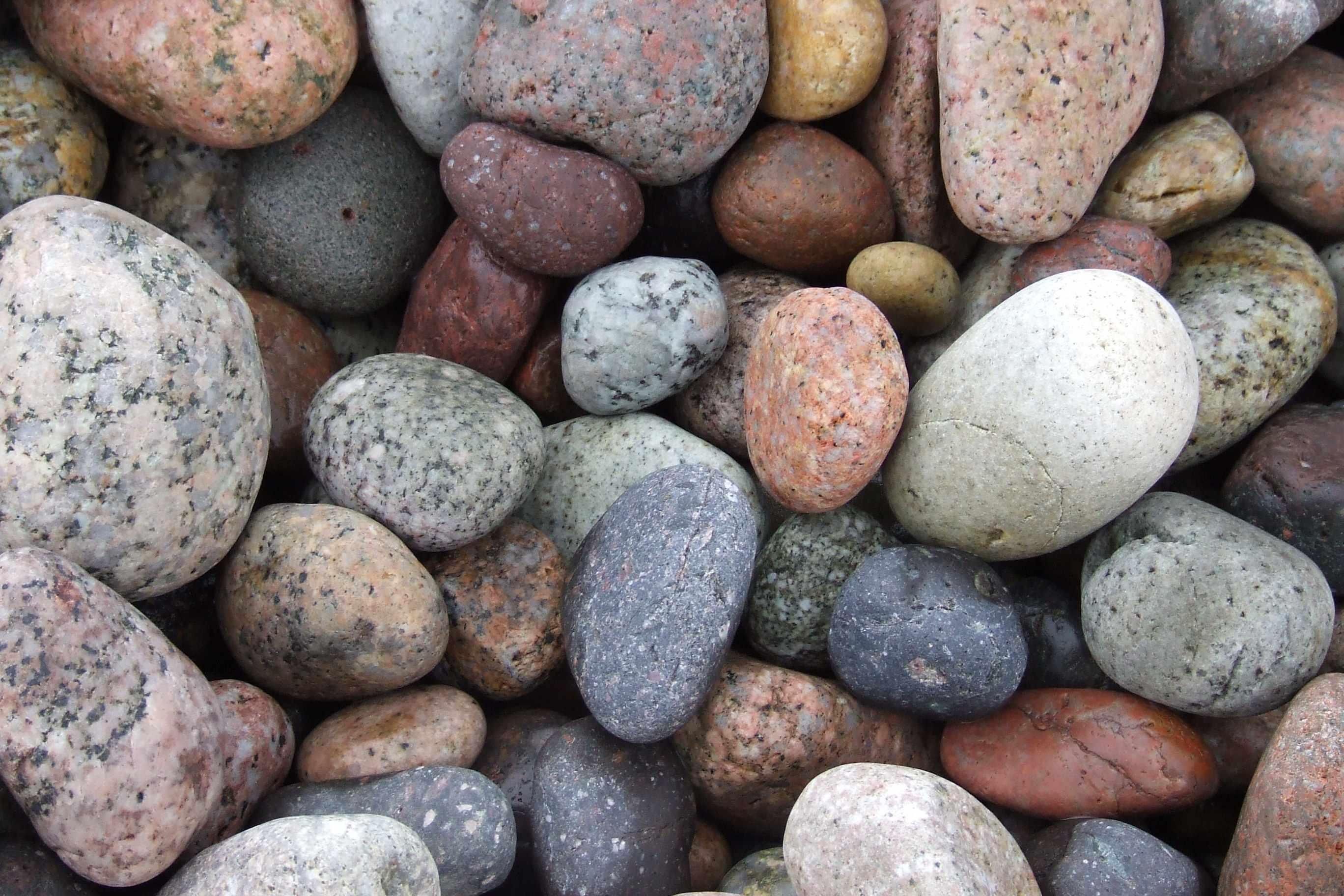 الحجارة الصغيرة تضيف لمسة جمال للمنزل-1