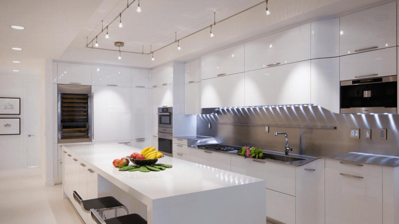 إضاءة المطبخ في المنزل