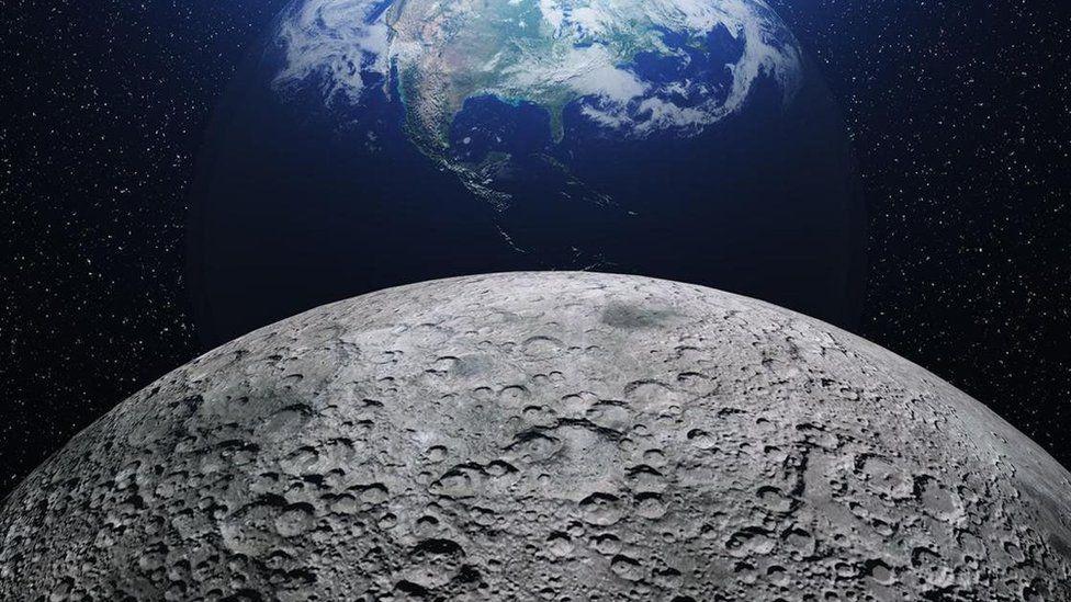 في ظاهرة غريبة .. علماء يكتشفون وصول الصدأ إلى سطح القمر 1