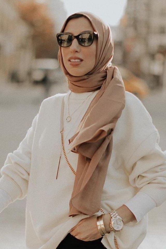 لفات طرح للوجه المربع بالشكل الفضفاض الـ Loose hijab