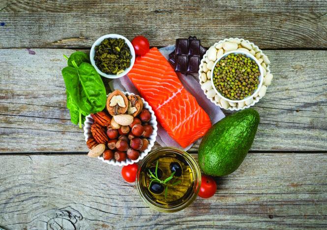 وتشمل قائمة الأشياء التي يجب القيام بها بعد تناول الأطعمة الغنية بالكوليسترول ما يلي
