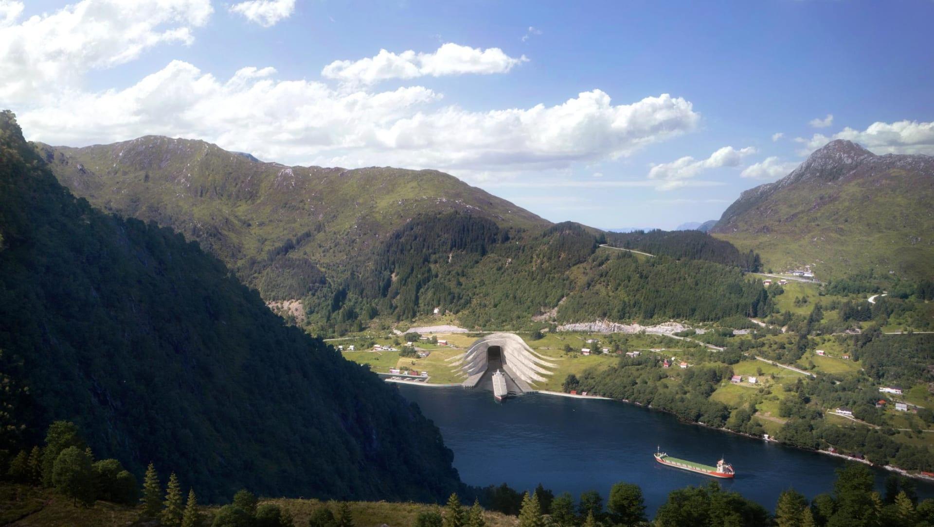 تحت الجبال ..النرويج تبني أول نفق للسفن في العالم-2
