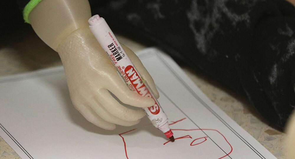 تطوير جلد صناعي مشابه لجلد الإنسان وقادر على إصلاح نفسه