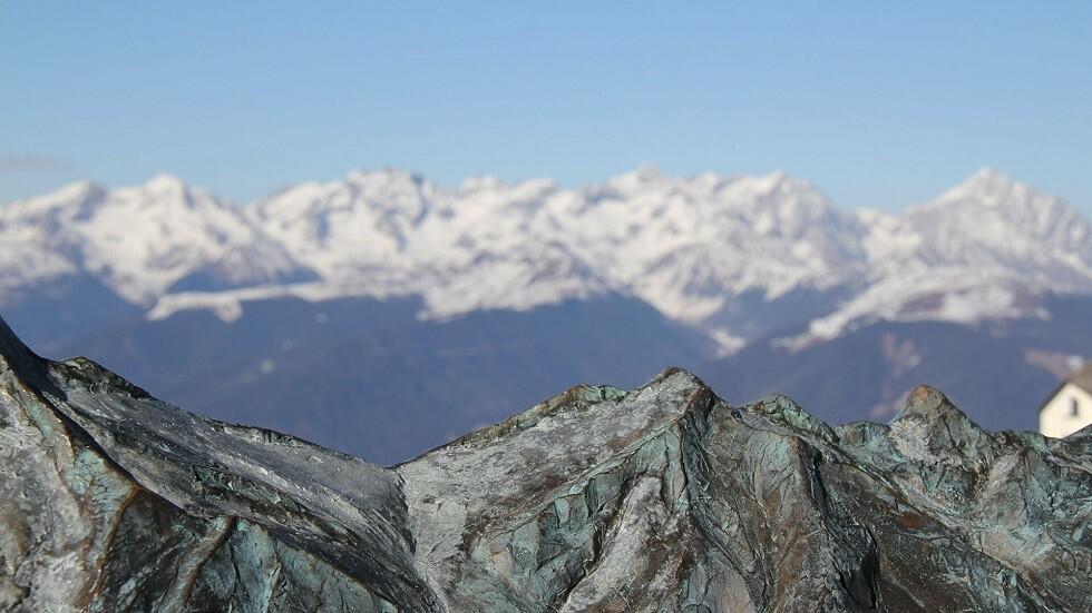 يستخدم للتزلج … أكبر جليد في جبال الألب مهدد بالانقراض 1